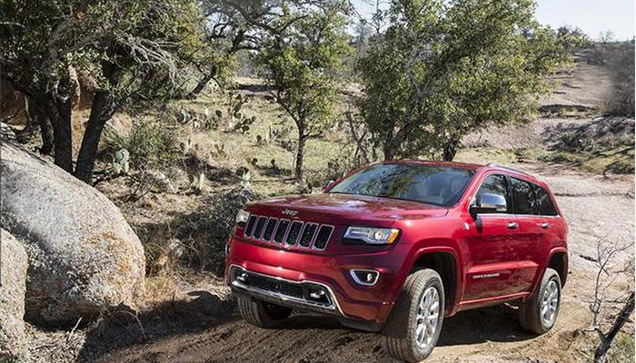 Jeep® Grand Cherokee EcoDiesel Named 2015 Green SUV of the Year