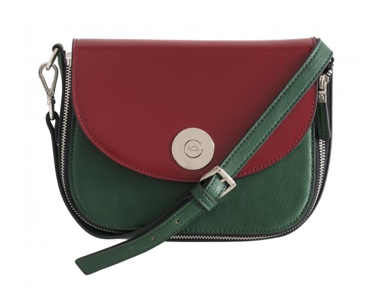 cf4a4bc575ce0 تميزي بأسلوبك الفريد مع حقيبة من تصميمك الخاص من