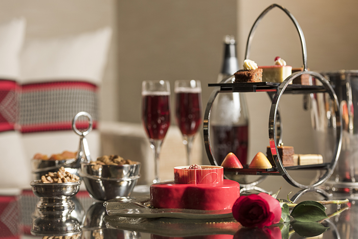 f7c7fb38cce Escape With the Ultimate Romantic Package at Four Seasons Hotel Riyadh